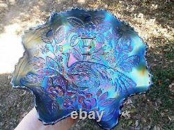 Outstanding Fenton 8 3/4 Peacock & Urn Bowl In Blue-electric Hi-lites